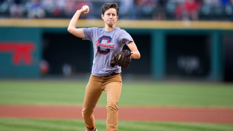 Comedian Rhea Butcher discusses her love for baseball, her sports fandom and her new podcast.