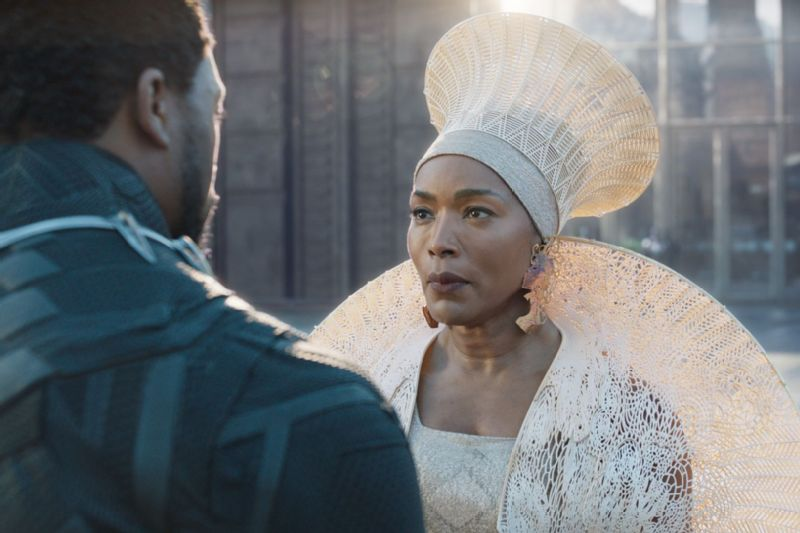 Queen Ramonda (Angela Bassett) faces her son, T'Challa/Black Panther (Chadwick Boseman).