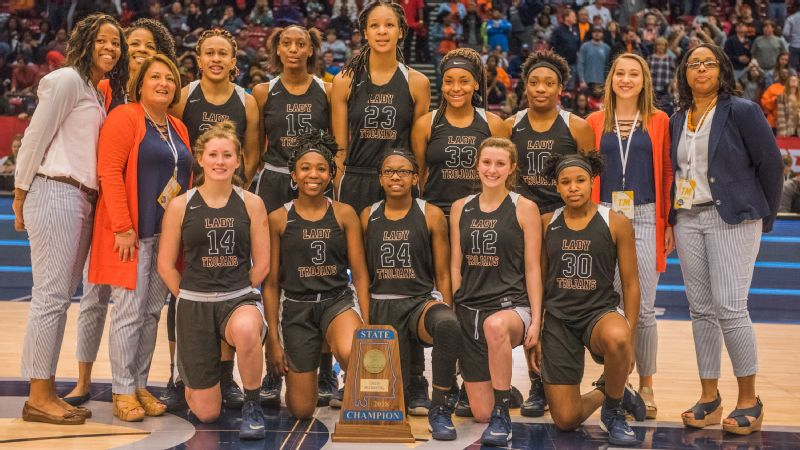 Maori Davenport, wearing No. 23 is pictured with her teammates after winning 2018 Alabama's state championship.