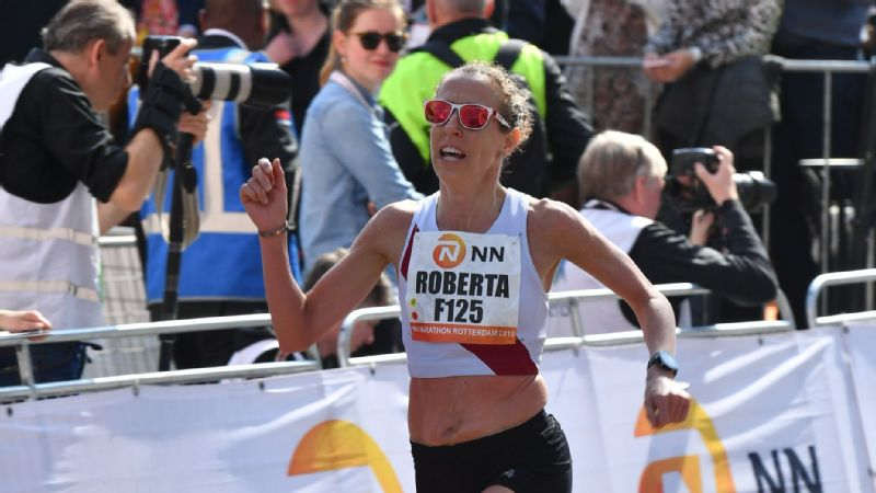 With a fifth-place finish at the Rotterdam Marathon in April, Roberta Groner became just the third American woman to break 2 hours, 30 minutes for the marathon after turning 40.