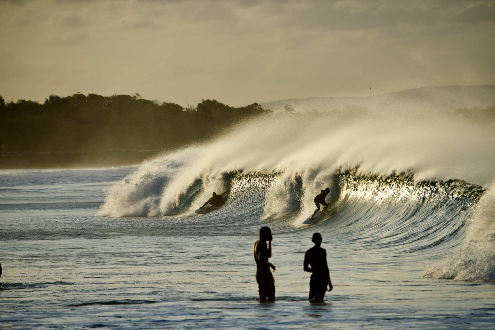 Unknown surfers, Australia