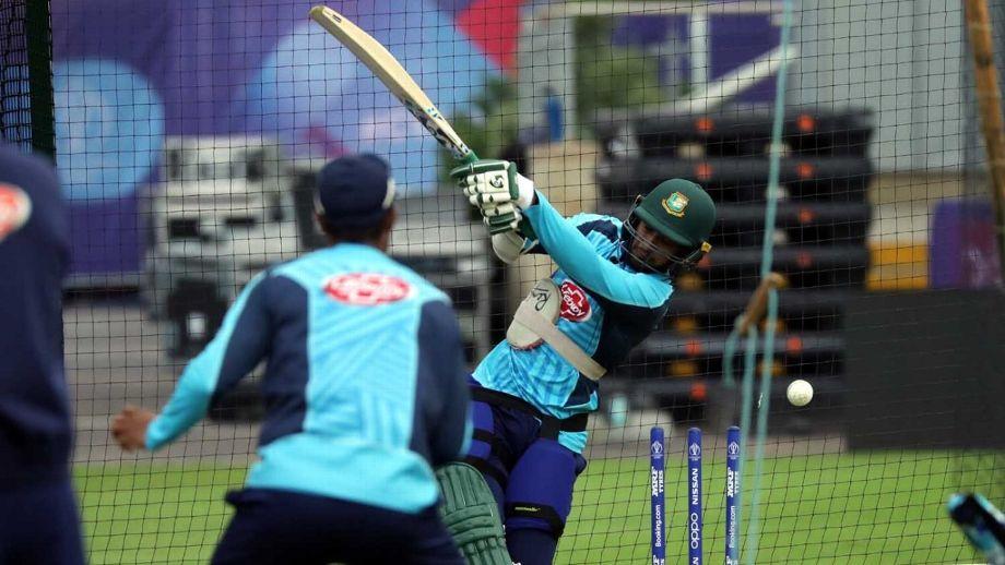 Mushfiqur Rahim picks up a forearm injury in the nets courtesy a Mustafizur Rahman short delivery