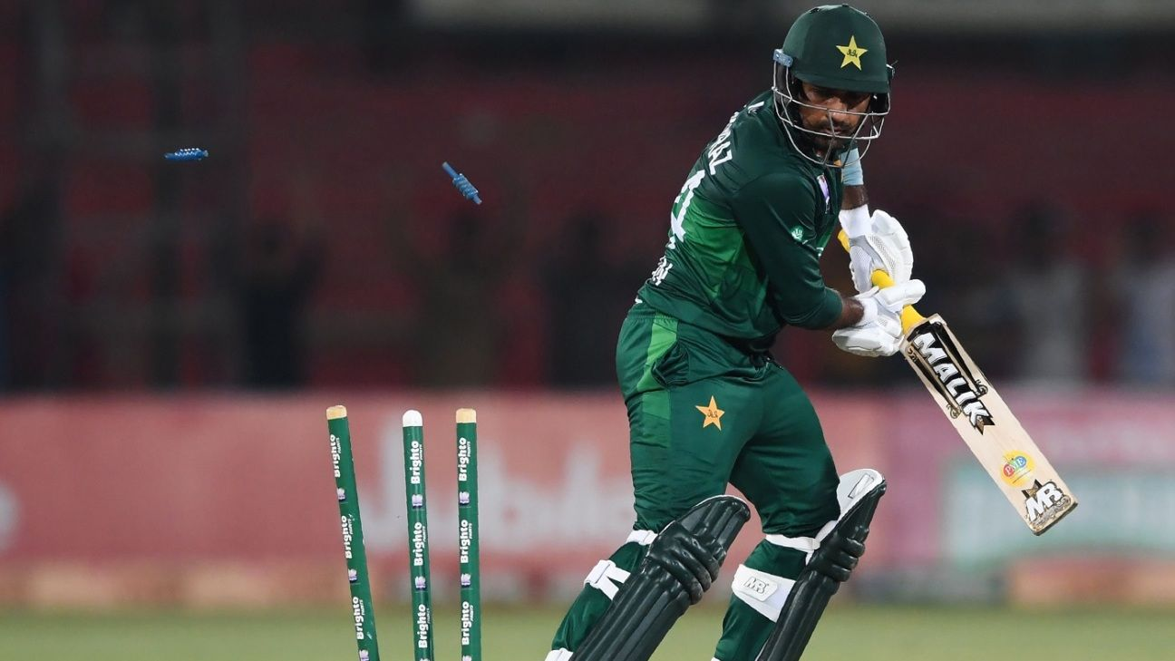 Should Pakistan worry about Sarfaraz Ahmed's form?
