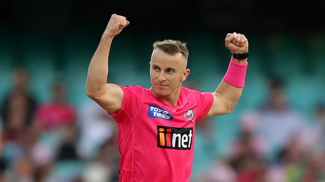 Fantasy Picks: Be brave and punt on hot-and-cold Curran