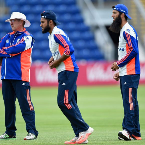 Moeen Ali named icon, Trevor Bayliss coach of new Abu Dhabi franchise at T10 league