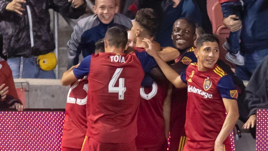 RSL blank Quakes, rise to second in West