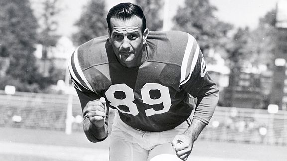Hall of fame defensive end Gino Marchetti has died at 92, his wife told the Baltimore Sun.