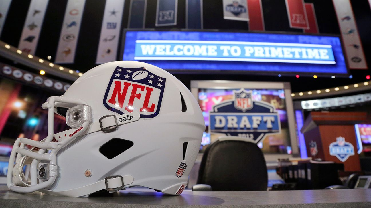 NFL helmet maker partners with U.S. Army to research military head injuries 0d380df45