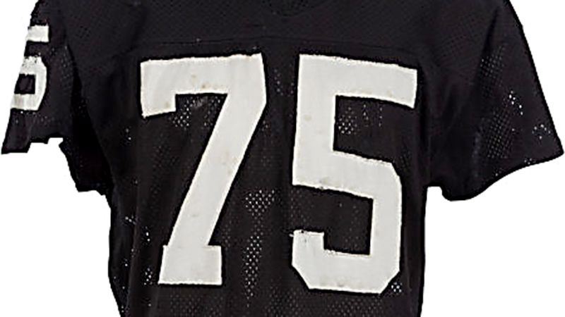 promo code 141e2 18c12 Howie Long says notion that metal pebbles were sewn into his ...