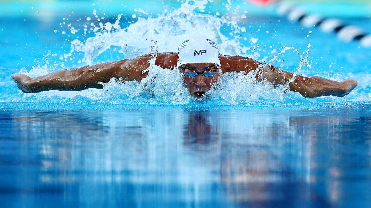 Michael Phelps wins 100 fly in 50.45 seconds at U.S. nationals