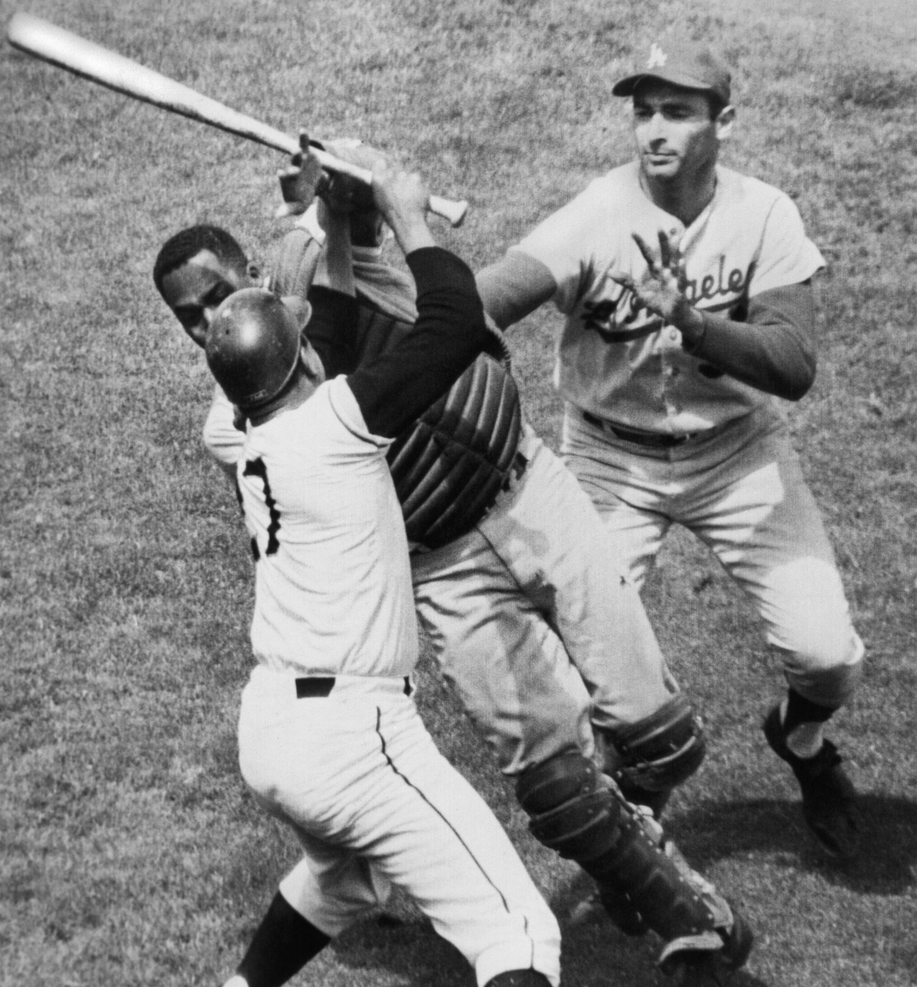 5e9adcca9 Juan Marichal hit John Roseboro with bat in ugly baseball brawl 50 years ago