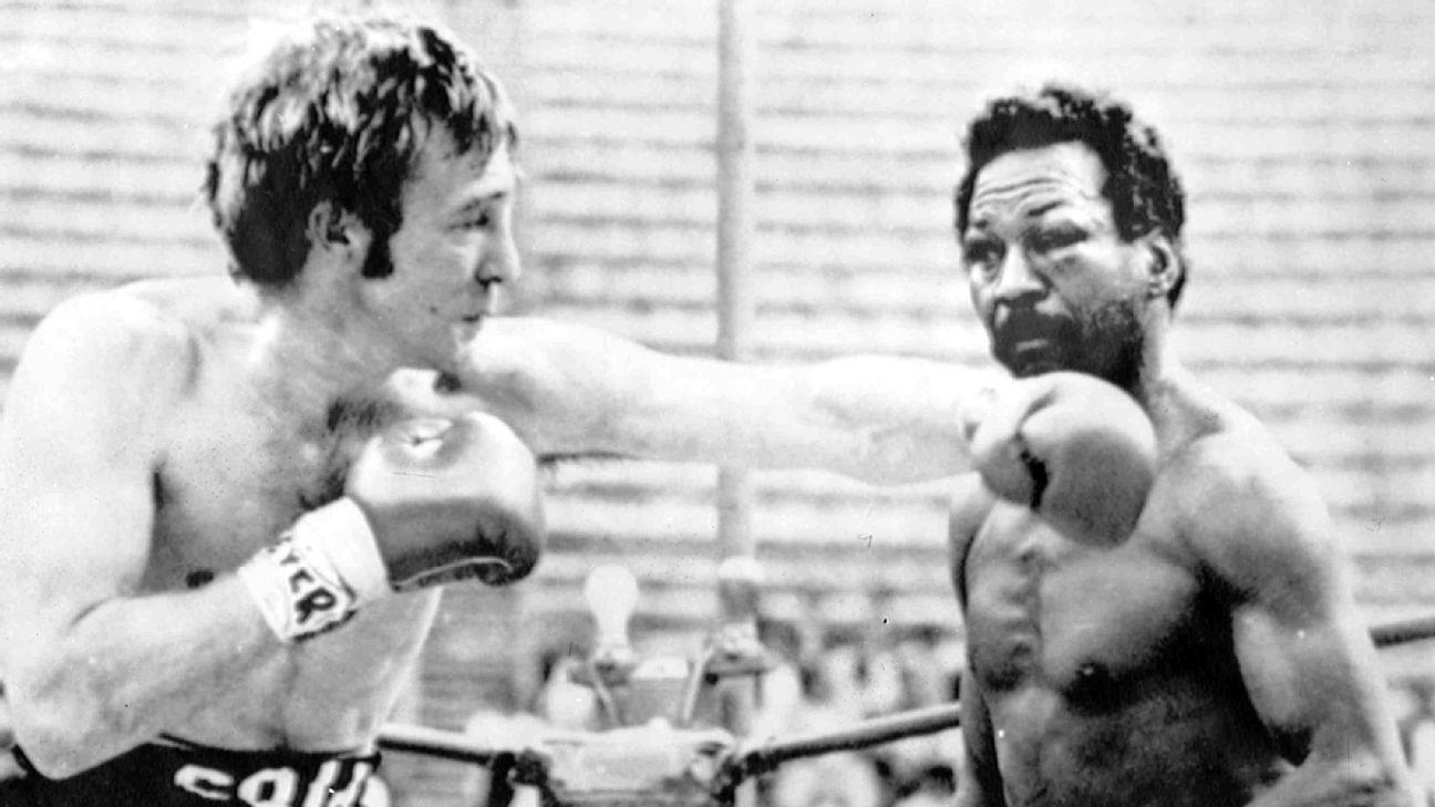 Welterweight legend Napoles dies at age 79