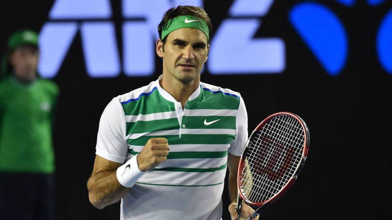 Federer has knee surgery, to miss 2 events