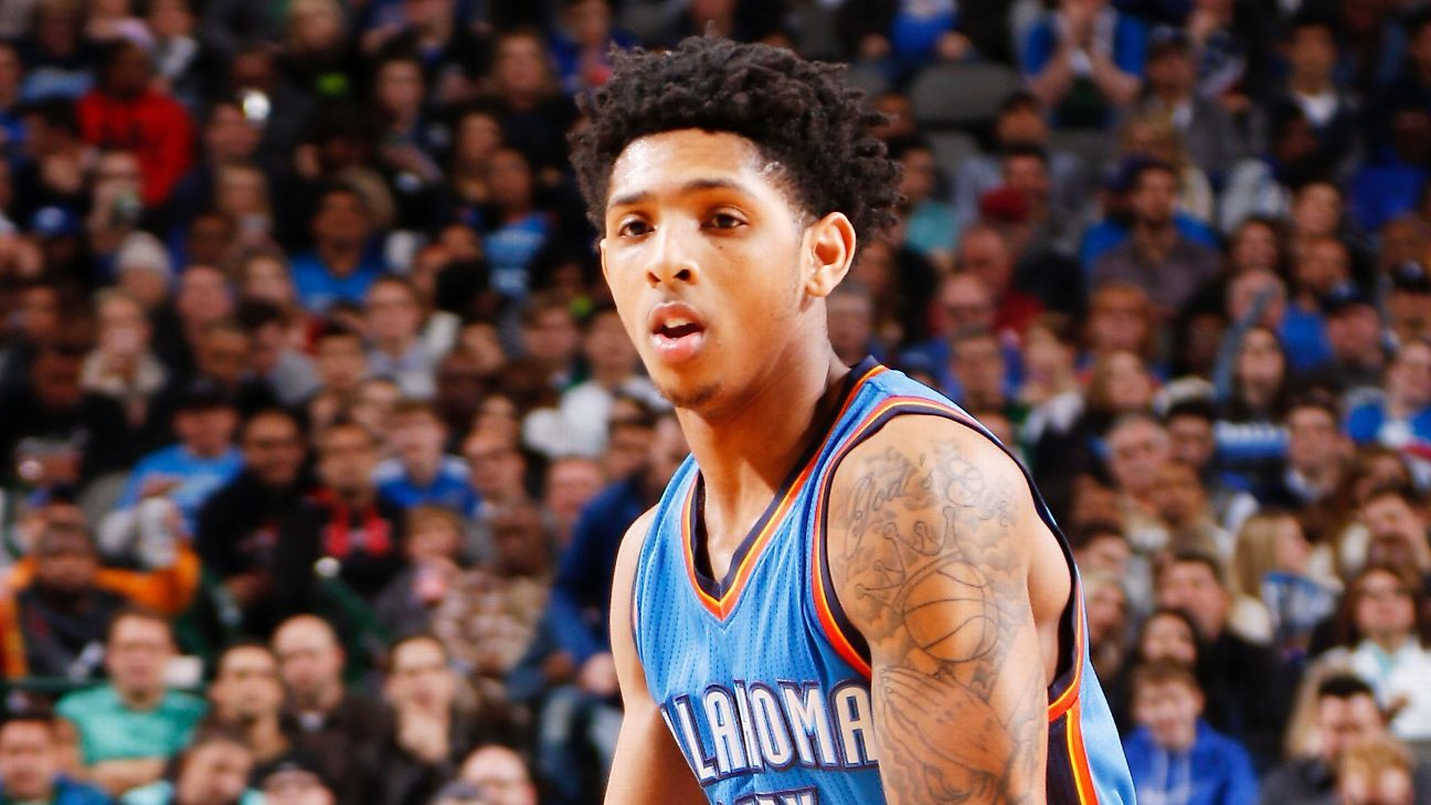 28b08eb931c Oklahoma City Thunder s Cameron Payne has acute fracture in right foot