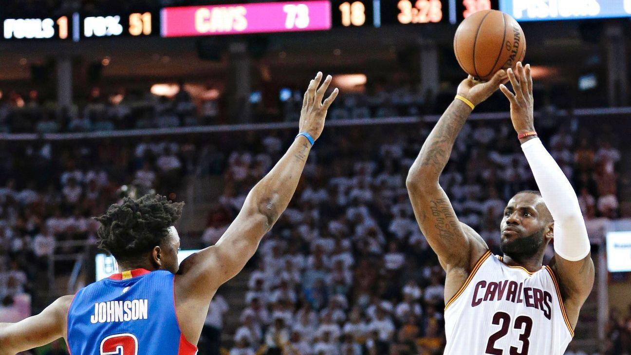Pistons' Johnson: I'm definitely in LeBron's head