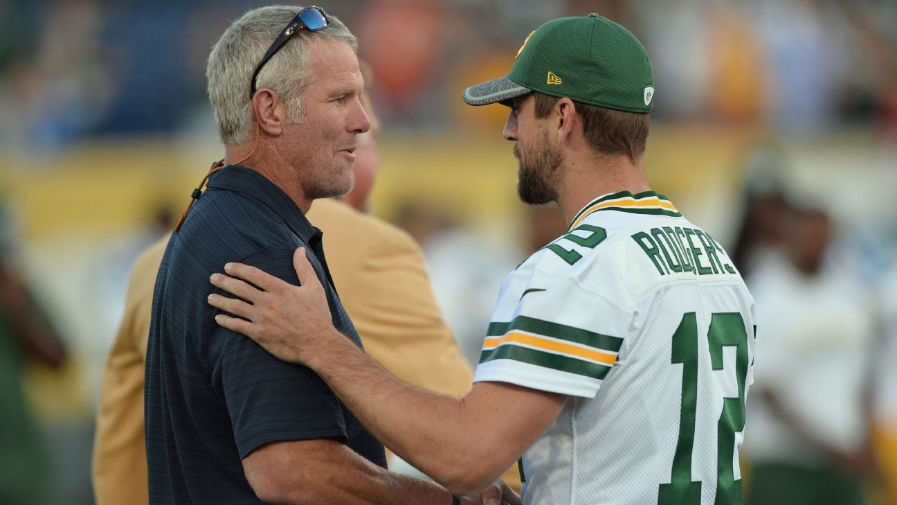 Favre: Gut tells me Rodgers done with Packers