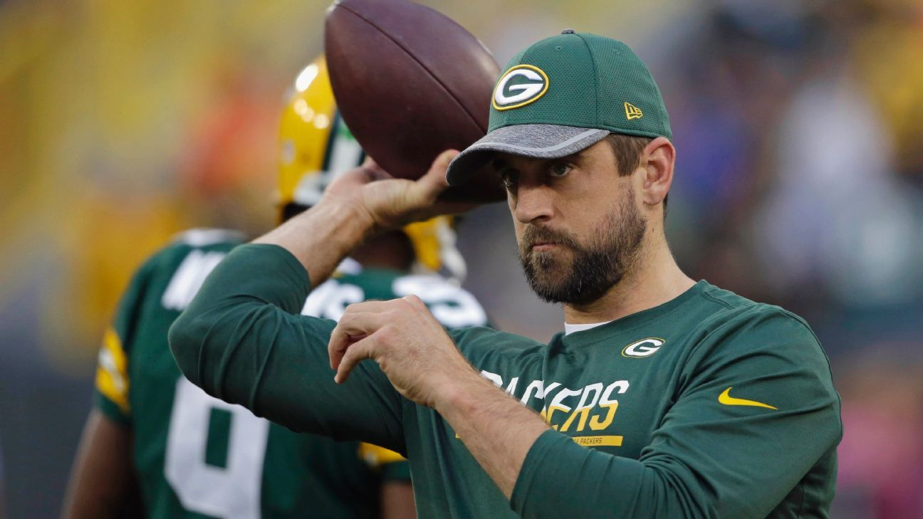 The Many Mustaches Of Green Bay Packers Qb Aaron Rodgers Green Bay Packers Blog Espn