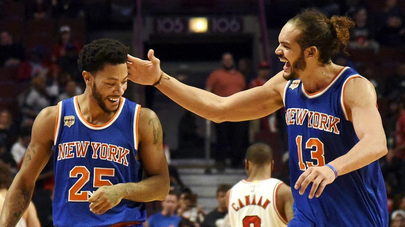 5cd42b281de Derrick Rose of New York Knicks booed in return to Chicago