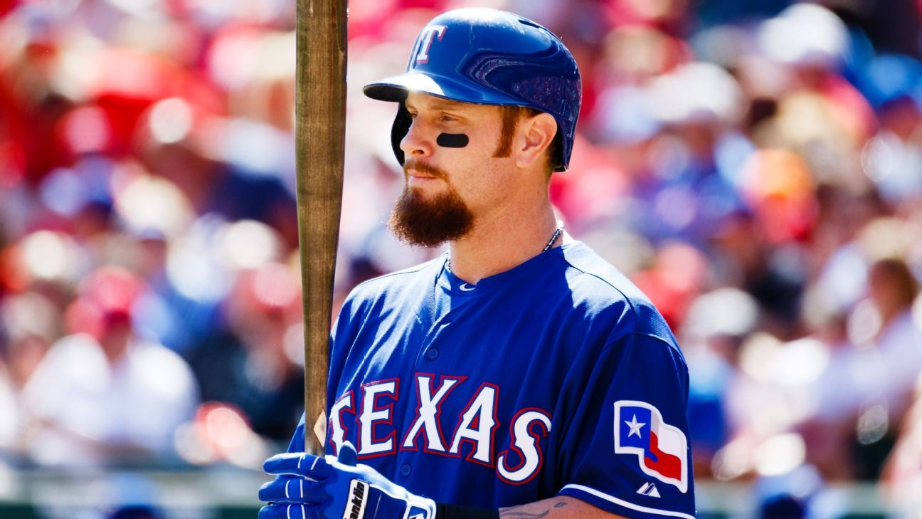 brand new e8418 4e741 Texas Rangers release Josh Hamilton after another knee injury