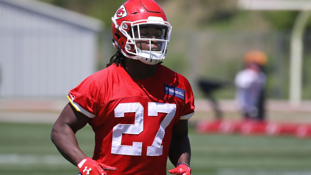 Kansas City Chiefs  Kareem Hunt ran with job last time he inherited it -  NFL Nation- ESPN 3abc40bd6