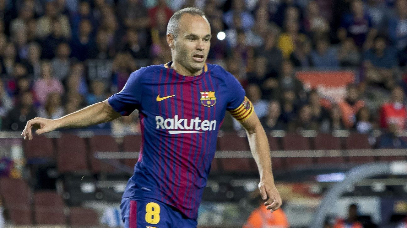 4d69b346636 Andres Iniesta agrees new  lifetime contract  with Barcelona