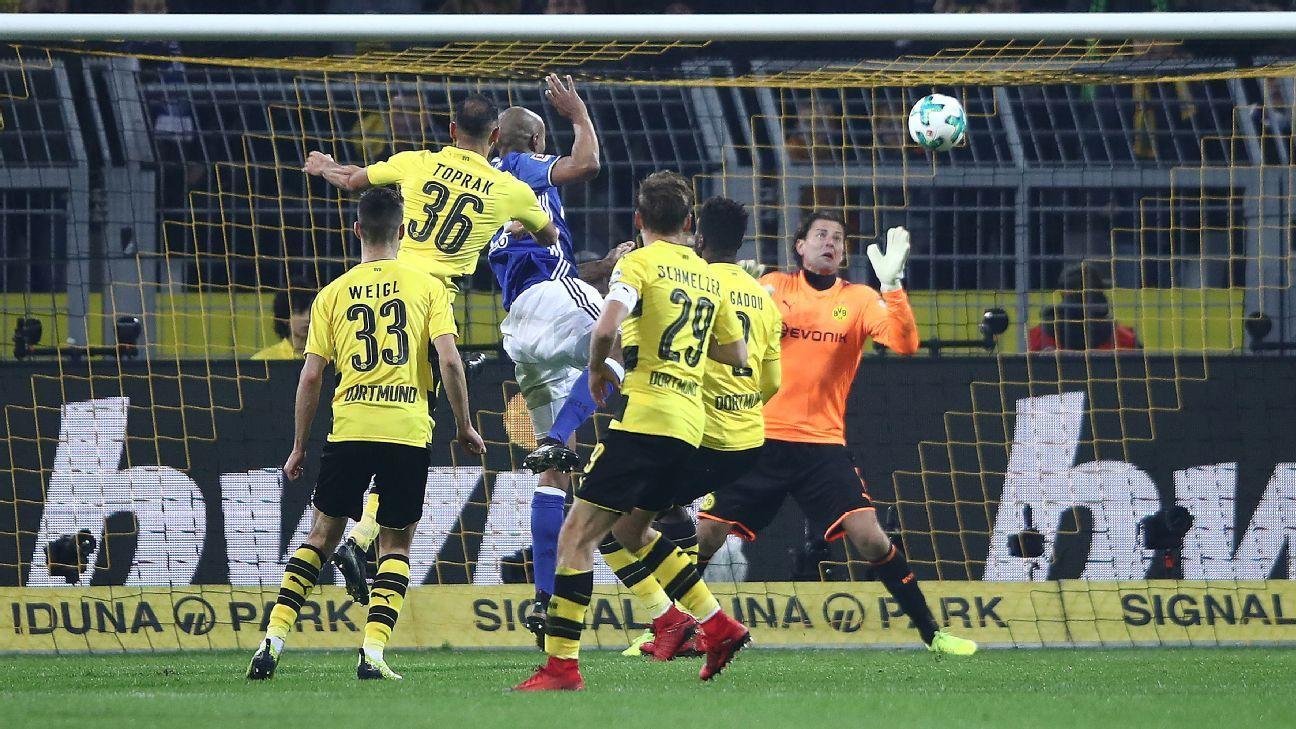 Borussia Dortmund vs. Schalke 04 - Football Match Summary ...
