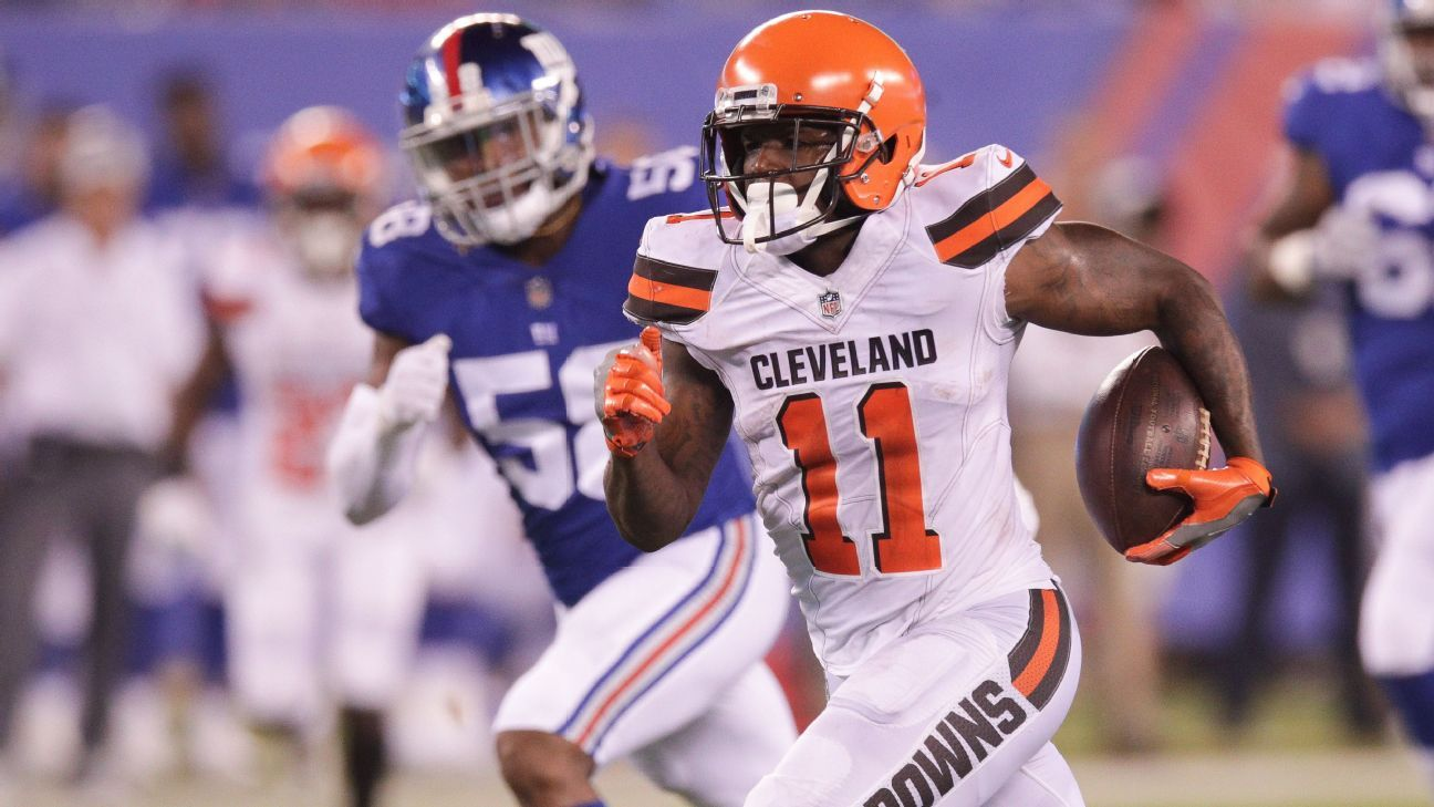 big sale bd74a 72793 Cleveland Browns kept Antonio Callaway in game as punishment