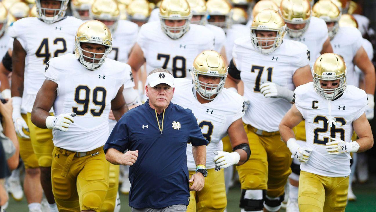 e60da4cc3 Brian Kelly testing Notre Dame team with chaos for 2018 season