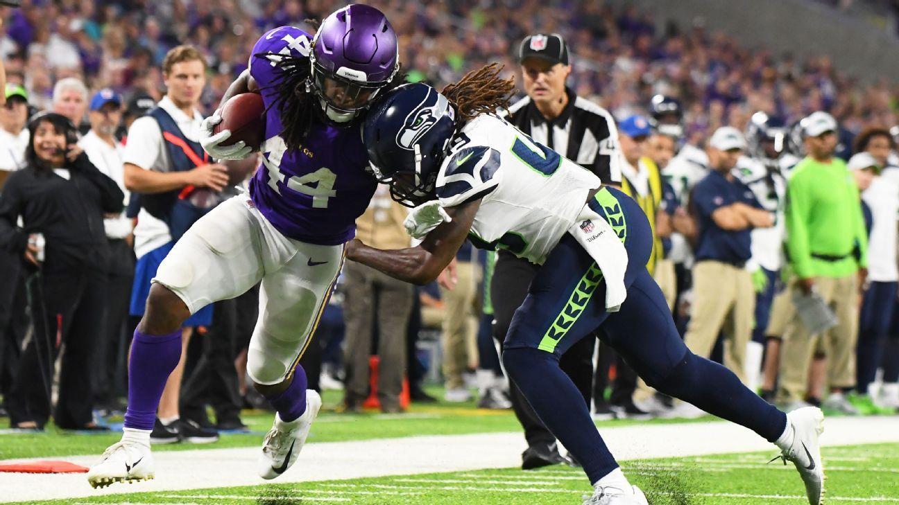 31ca3e82da Seahawks garante calouro que não tem mão esquerda como titular na primeira  semana da NFL