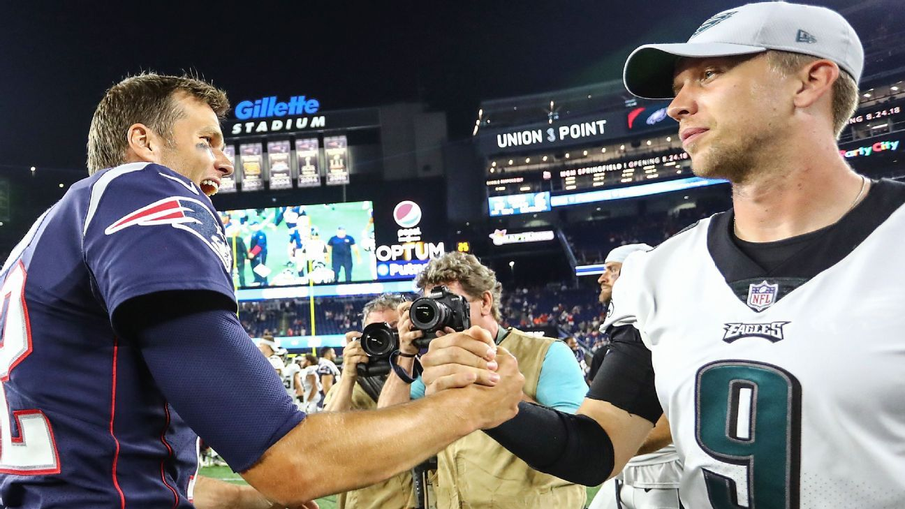 Tom Brady, Nick Foles finally connect after missed Super