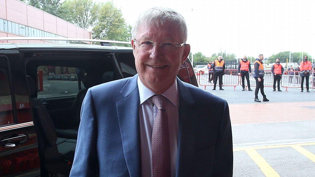 Ole invites Fergie to give United team talk