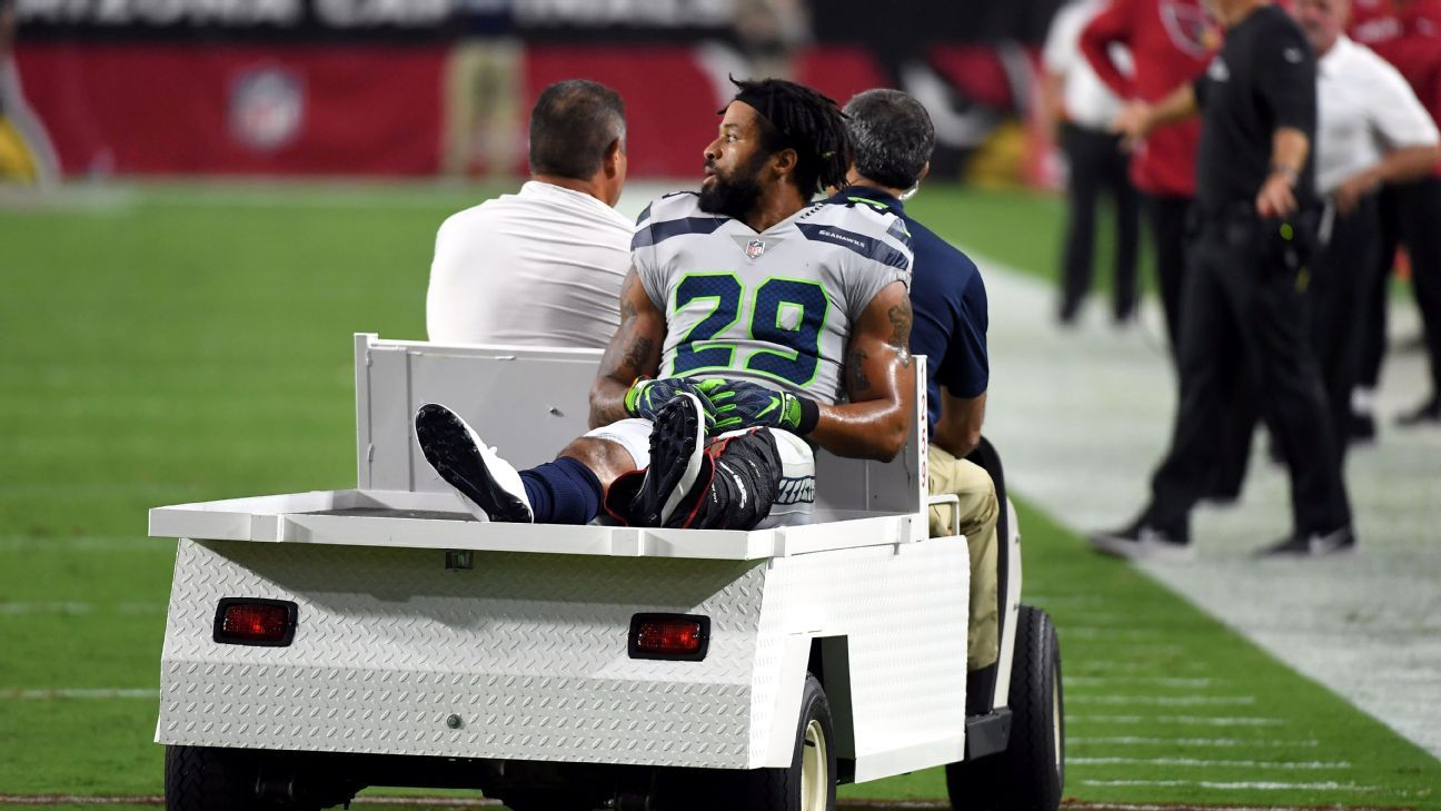 c06b8a1b9 Earl Thomas of Seattle Seahawks carted off