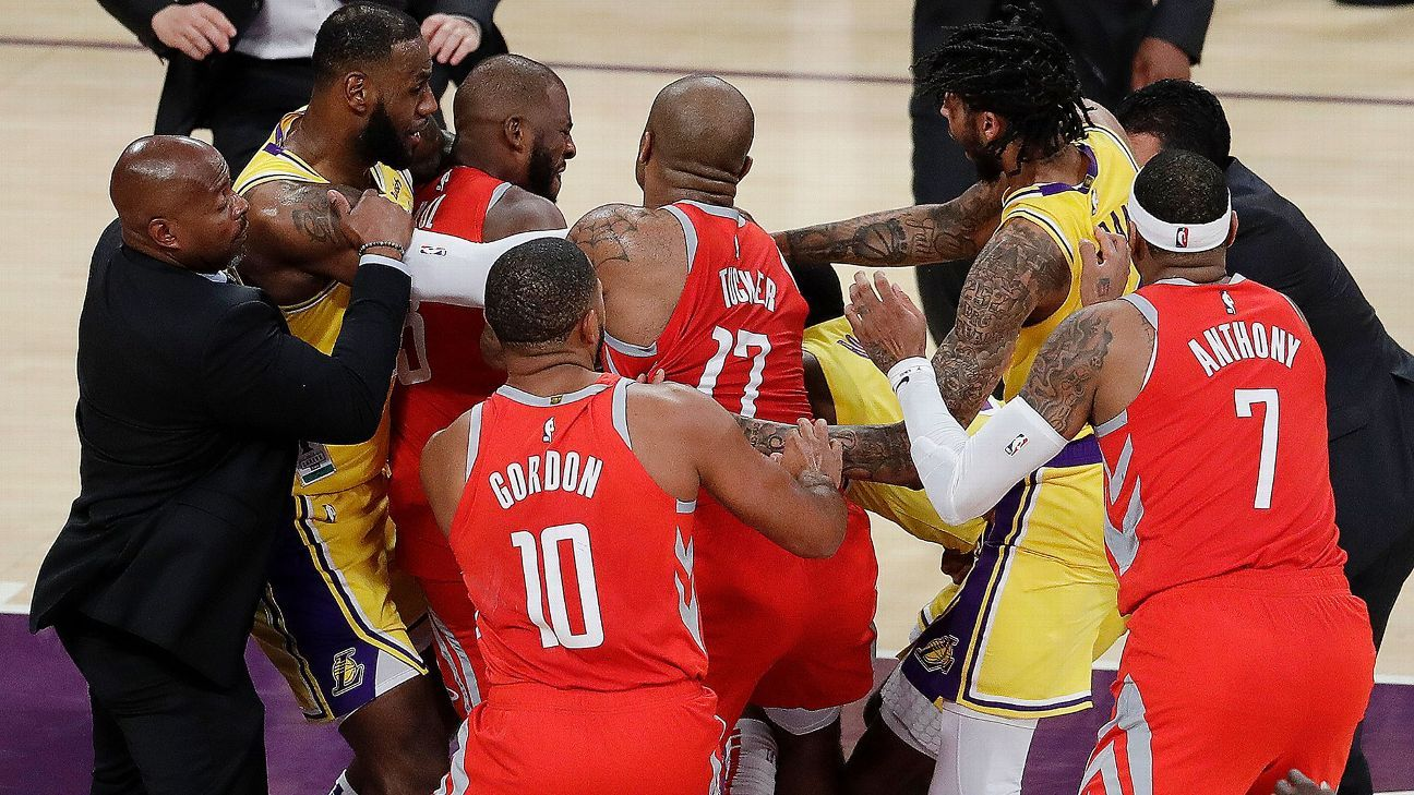 LeBron James ends Los Angeles Lakers  home debut as peacemaker - NBA f96fd341be03