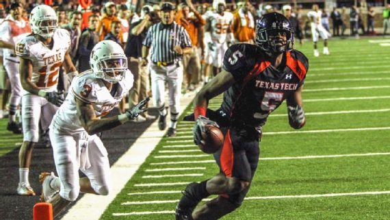 Texas Tech Texas Longhorns 2008 Game Michael Crabtree Catch