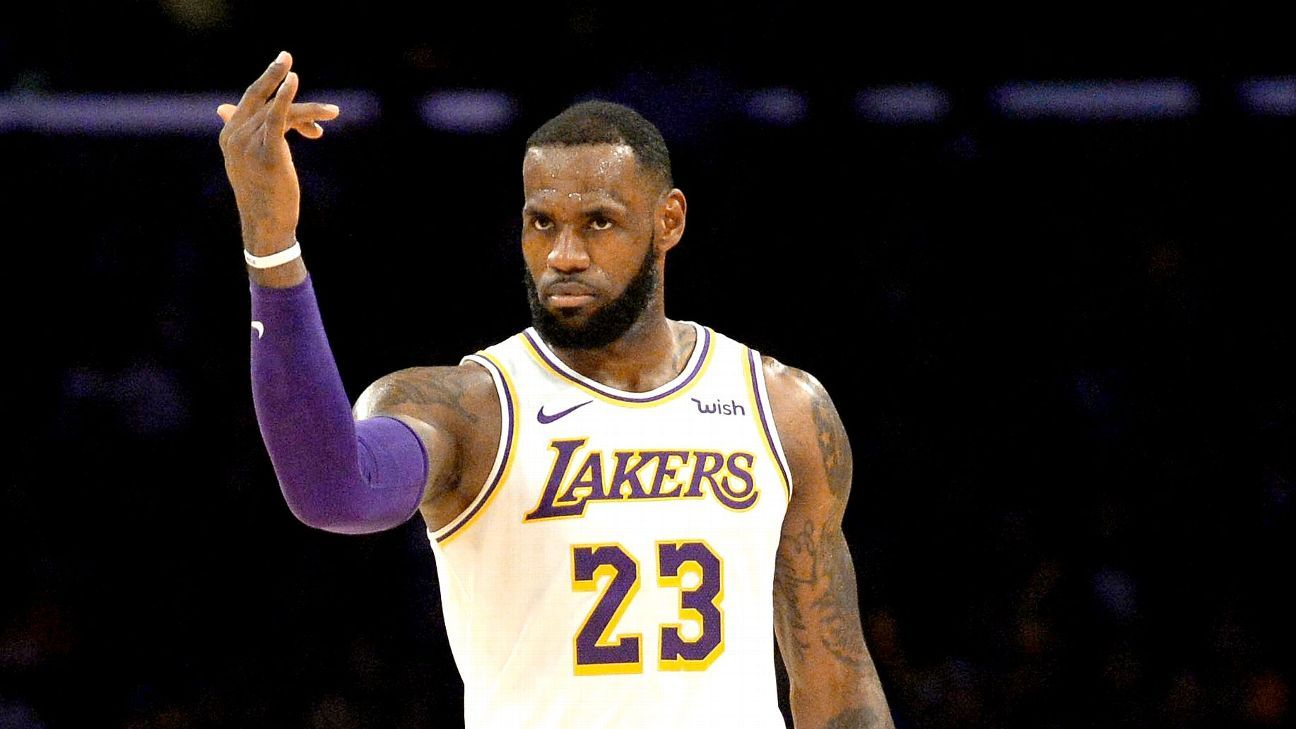 7011ee0af21 LeBron James takes control of the Lakers