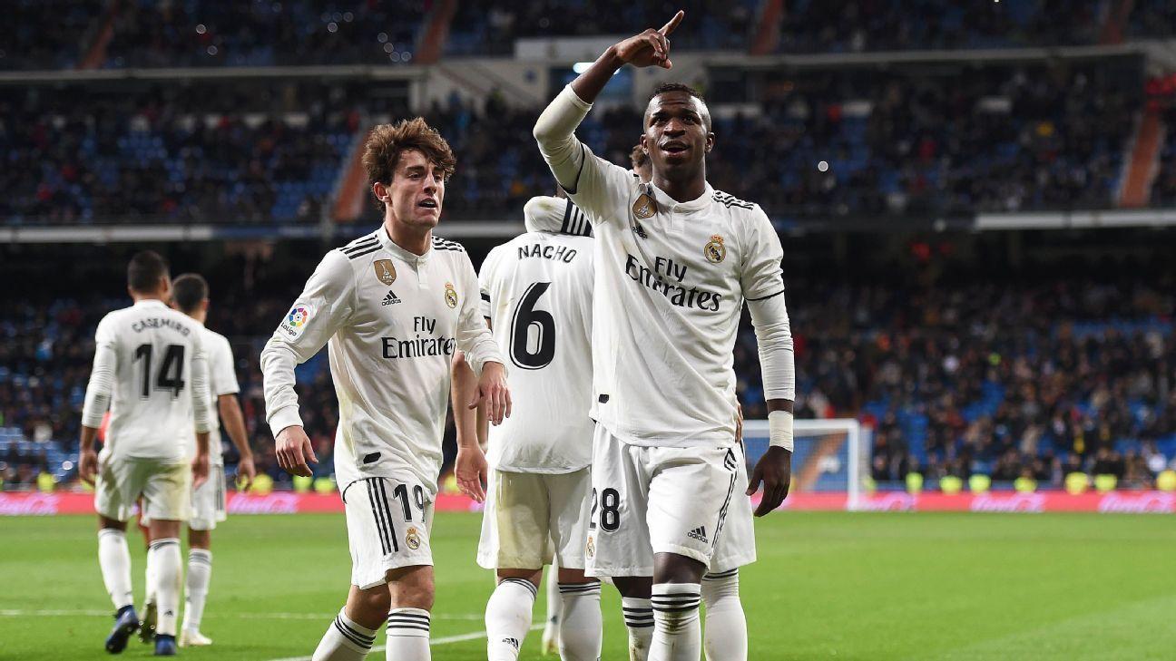 b6c1a7c561 Jornal elogia Vinícius Jr. após gol e assistência   Resgatou o Real Madrid   e  É indiscutível