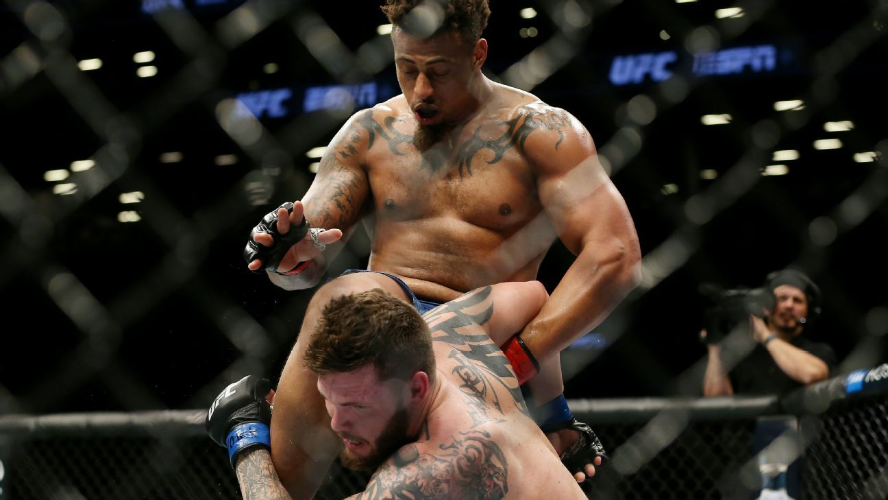 UFC Fight Night -- Greg Hardy disqualified in fight with Allen Crowder