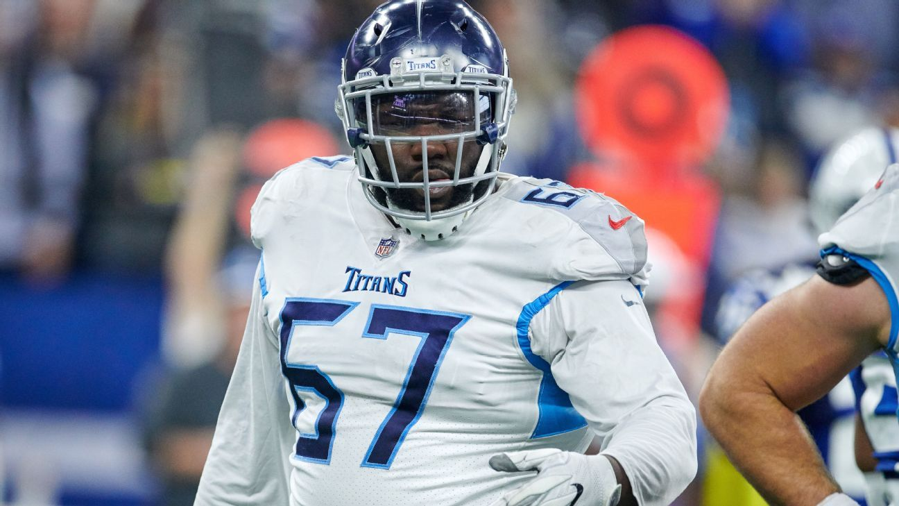 Former Tennessee Titans guard Quinton Spain has agreed to a one-year deal with the Buffalo Bills.