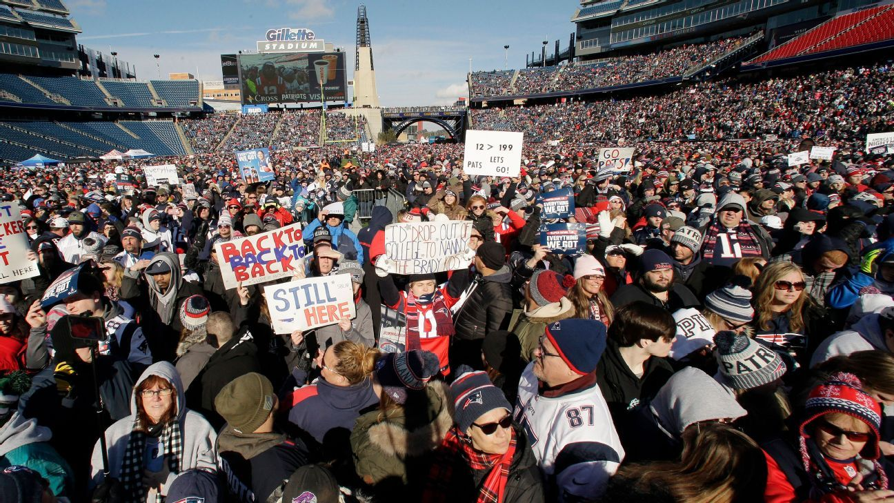 Patriots hold rally before leaving for Super Bowl