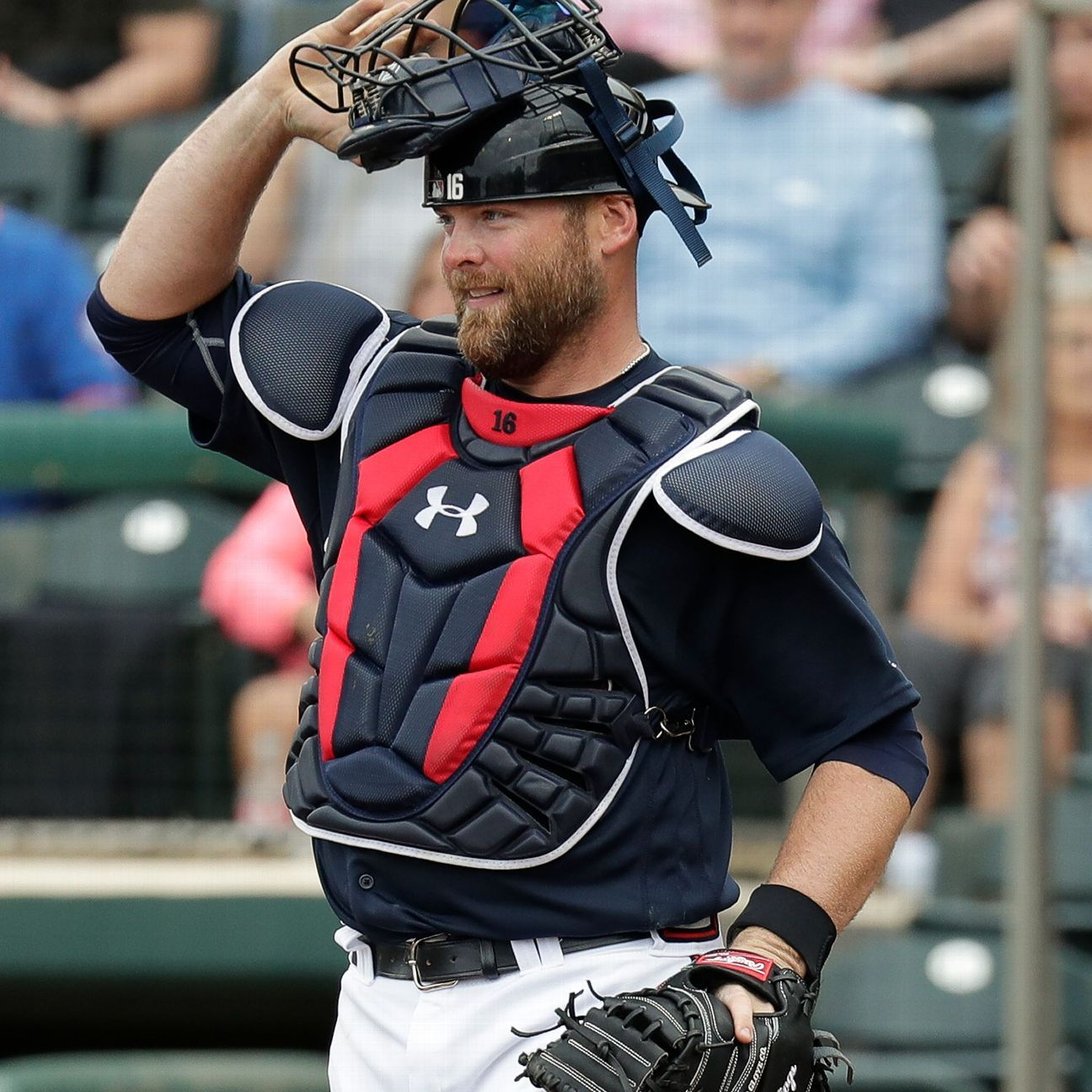 McCann Catches For Braves For 1st Time In 5 Years