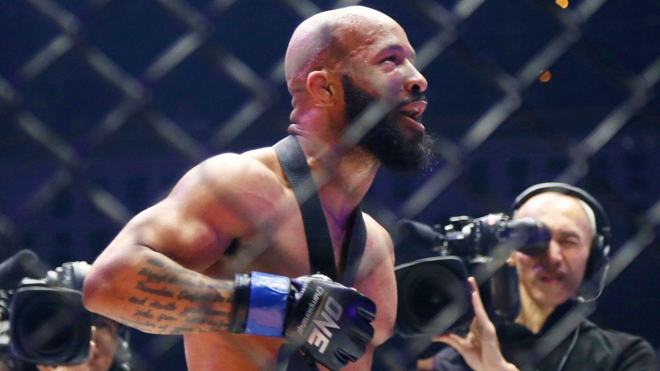 Johnson challenged, Alvarez KO