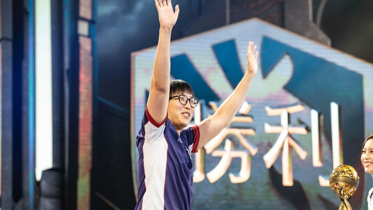 North America's brightest League of Legends star, Doublelift, once again on world stage
