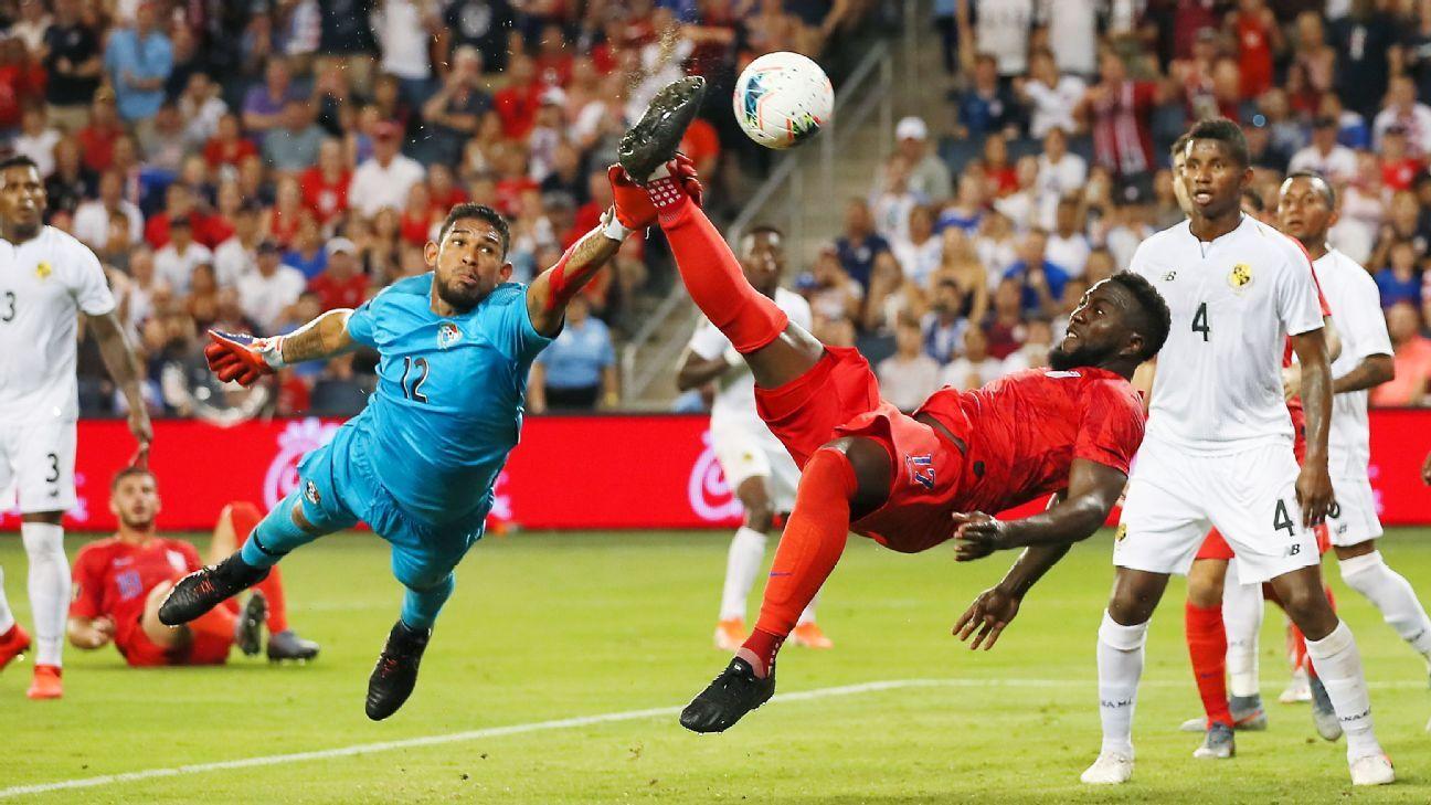 Altidore scores as U.S. beats Panama to win group