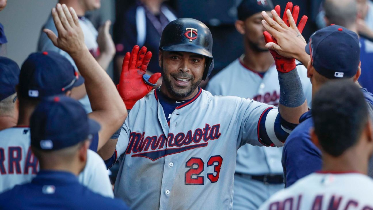 Sources: Twins expected to pick up $12M option for Nelson Cruz