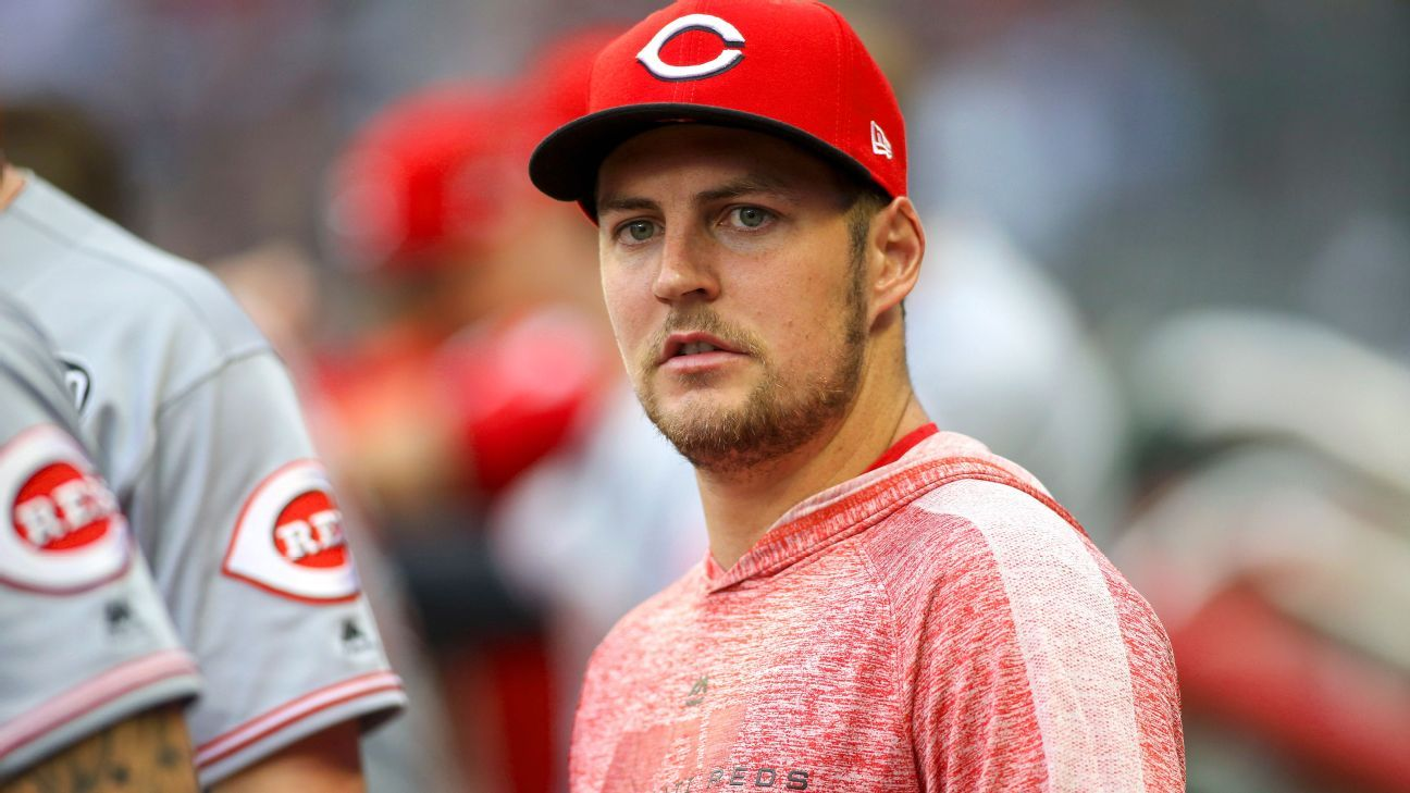 Reds' Bauer calls Astros hypocrites and cheaters