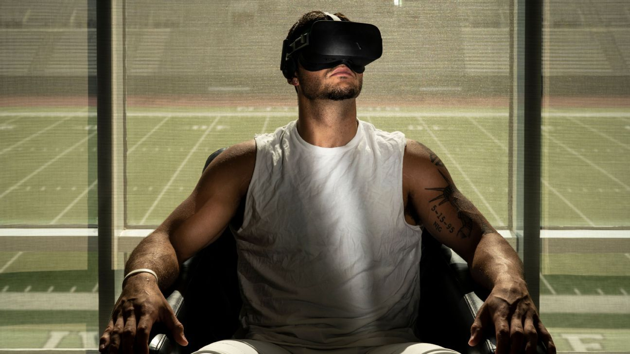 Virtual reality and robotic tackling dummies -- how Dartmouth is shaping the future of football
