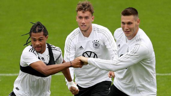 Resultado de imagem para Alemanha pós-fracasso na Copa do Mundo: mudança de formação, 8 caras novas e 35% do elenco descartado