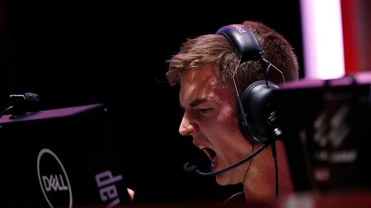 Astralis continue 'crazy' journey by crushing AVANGAR in Berlin