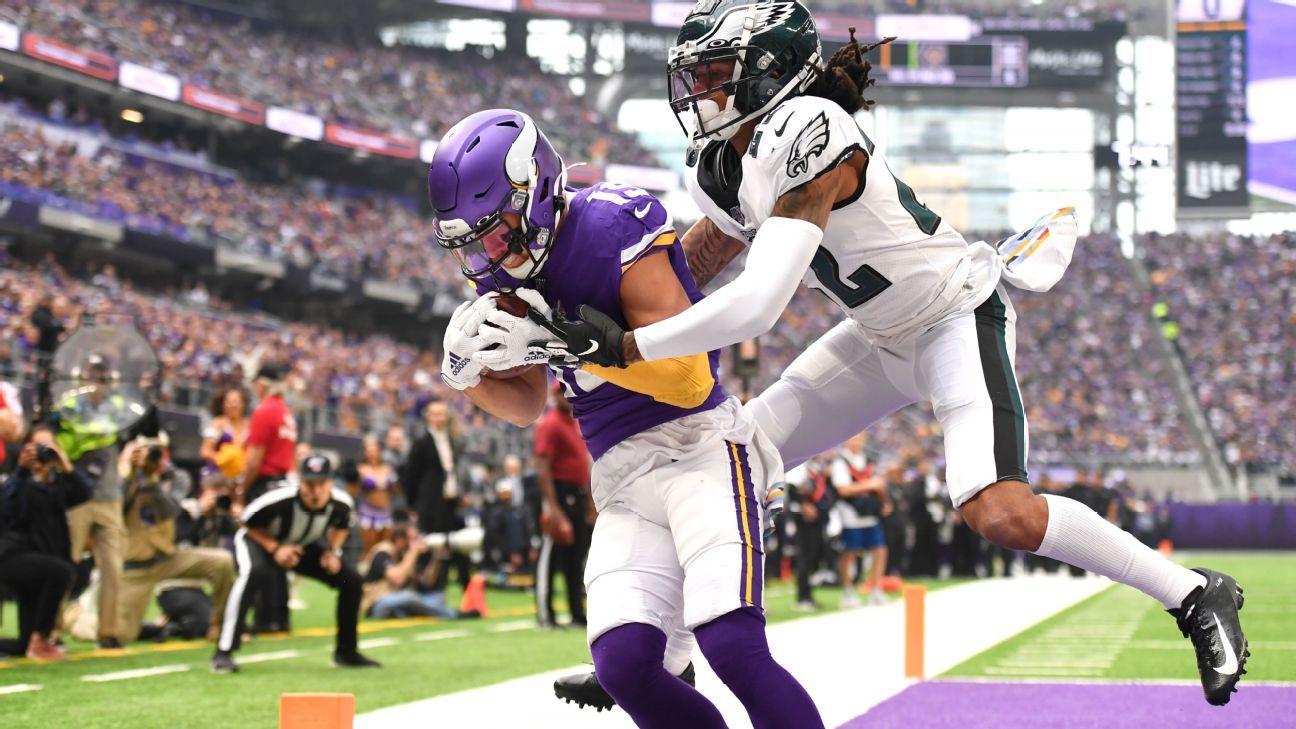 Zach Brown's trash talk backfires as Kirk Cousins, Vikings pound Eagles