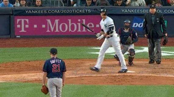 La 'bola muerta' engaña a jugadores, fans y camarógrafos en MLB I?img=%2Fphoto%2F2019%2F1016%2Fr613482_576x324_16%2D9